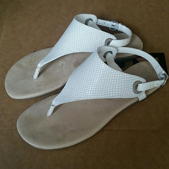 98d3b4675ef Aerosoles conclusion sandals white new 8.5